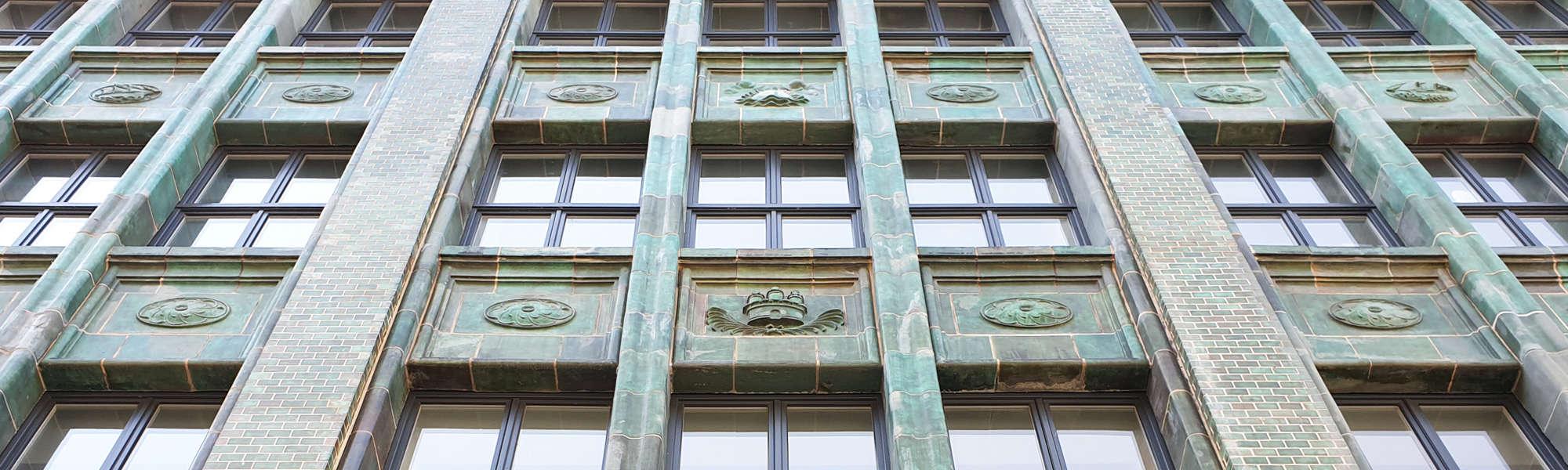 Historisches Kontorhaus in der Altstadt Hamburgs - Foto: FOLLOW ME Hamburg